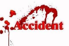amb road accident 3 injured