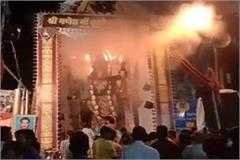 durga pandal s fire during the aarti