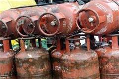 food supply department raid on 50 shop 8 cylinder seized