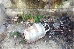 2 gas cylinder blast in jaisinghpur vegetable market