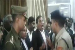 sitapur lawyers of sp in district judge s chamber abuse arrested