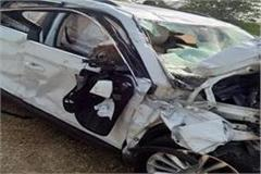 skoda and safari collide 4 people die in the accident