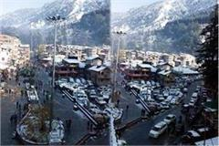 the first snowfall of winter in manali