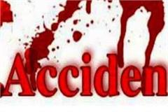 maruti van and bike collide 2 injured