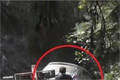the car caught in a trench on the tank road of solan