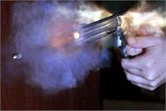 ex serviceman shotsfire on liquor shop