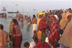 basant panchami devotees who came to bath on shore of sangam