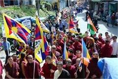 anti china slogans in dharamshala and mandi tibetans attacked