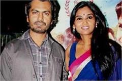 actor nawazuddin s wife alia siddiqui reaches court recorded statement