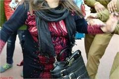 police arrested the woman with liquor