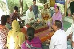 asaram s ancestry is still regarded as his blind devotee