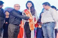 himachali daughter won the title of miss namo india