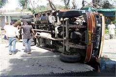 incident on nh 70  tempo overturn on road driver injured