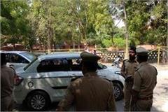 muradabad criminals loot 33 lakhs from cash van