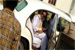 azam khan gave the tractor driver the rude and lousy abuse video viral