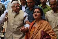 nd tiwari s wife asked for a year from yogi to evacuate the bungalow