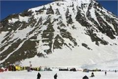 challenge for tourists to rohtang administration