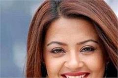 actress surveen chawala