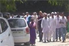 distressed women protested by drinking water