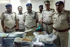 cash of rs 28 lakh recovered from car