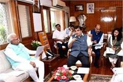 cm manohar meets union minister nitin to stop water going to pakistan