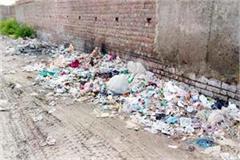 sansarpur teris has become the base of pollution