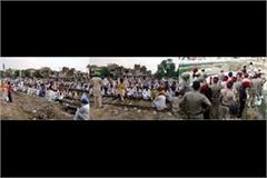 farmers railway track protest firozpur