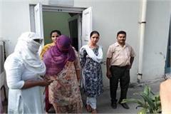 inspector balwinder kaur of patiala women cell takes bribe