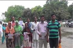 9 panchayats resigns over corruption in village for cm s adoption