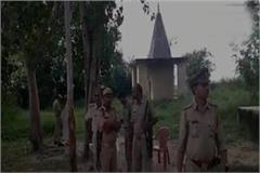 auraiya the killing of 2 sadhus in temple complex 2 policemen fall down