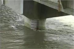 water level of ganga and ramganga move towards danger mark
