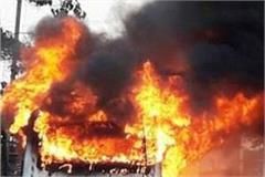 muradabad s miscreants throw a mini truck full of animal residue to fire