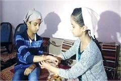 rakshabandhan celebrated in himachal brothers promised to protect the sisters