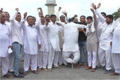 farmer will show black flags to chief minister in rally at dabwali
