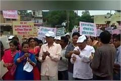 candle march for child girl in vidisha