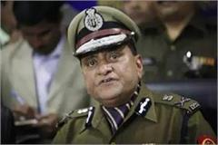 noida police did not identify dgp op singh 2 suspended
