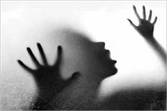 attempt to rape with young lady in cyber city gurugram