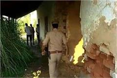 encounter between police and gangsters in aligarh