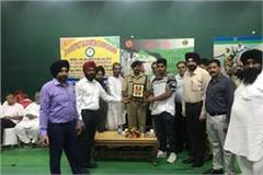 wrestler narendra chima was honored by the association