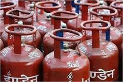 gas crisis deepens in festival season