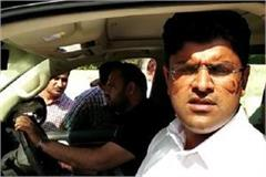 haryana election dushyant s charge i was killed by throwing glass