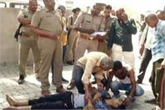 son in kanpur father and cousin died in road accident in banda