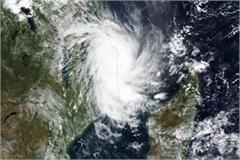 threat of cyclone in western states fishermen issued warning