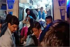 bus crashed with devotees 35 injured one woman dead