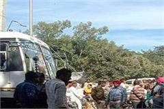 power cables fell on punjab roadways bus