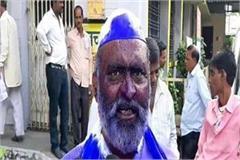 former congress councilor expresses protest against corruption
