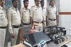big success of damoh police thief arrest stolen goods worth lakhs