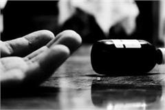 husband commits suicide due to illegal relations of wife