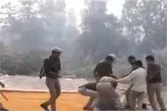 police beaten up family by placing soldier s body on national highway
