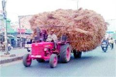 overloaded tractor trolleys are the cause of accidents